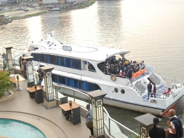 Boat Cruise Tour to Lagos Island