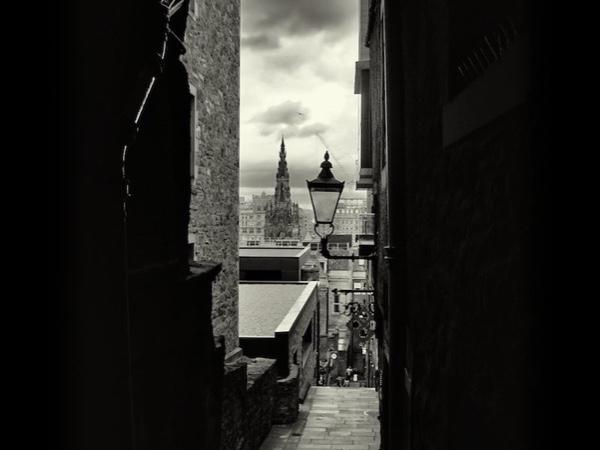 Edinburgh Old Town through the eyes of a local