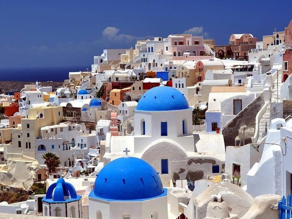 Santorini Panorama & Wine Tasting tour for up to 5 people