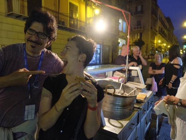Street Food & Art Night tour - An unconventional experience.