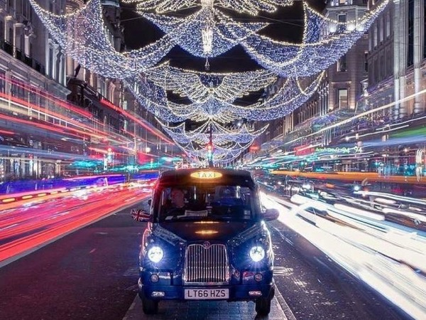 London at Night Christmas Lights Tour