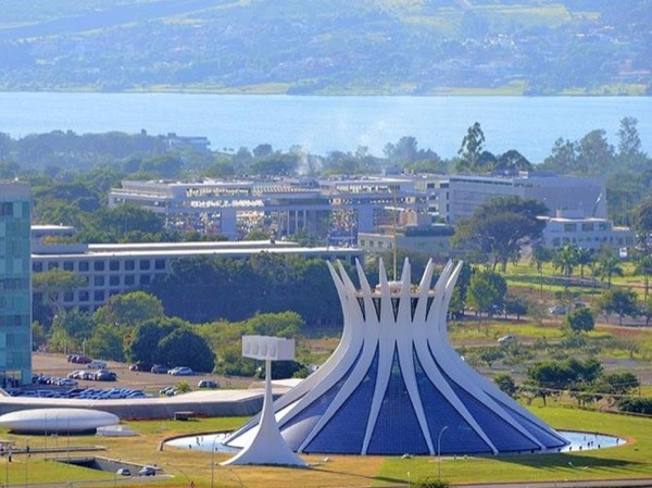 Brasilia Private Bike Tour
