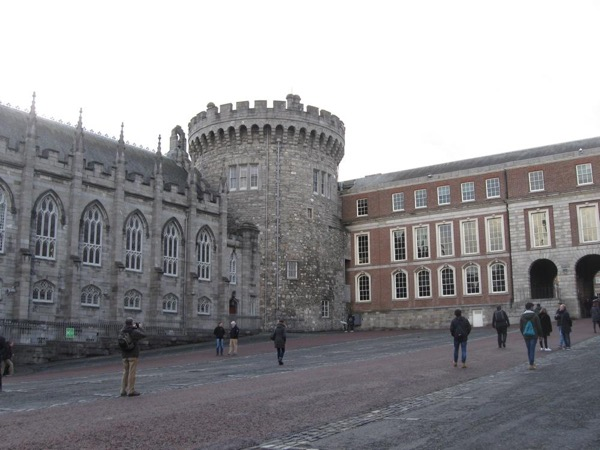 Private half day walking tour of Dublin & Book of Kells