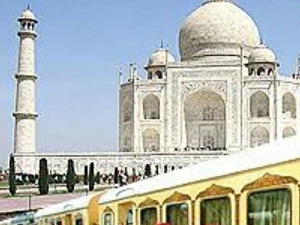 Same Day Taj Mahal private tour by Superfast Train....