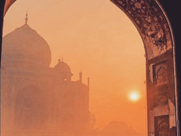 Taj Mahal an amazing monument...