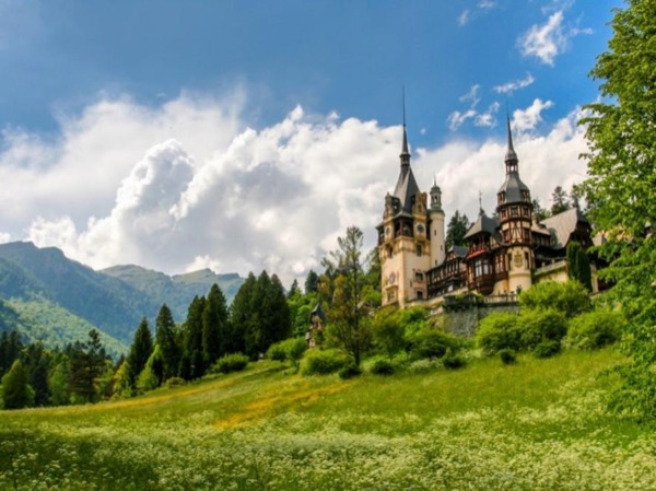 Short trip to Sinaia (Peles Castle) from Bucharest with a private guide