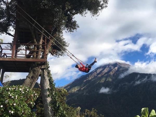 Baños de Agua Santa and Cotopaxi volcano Tour