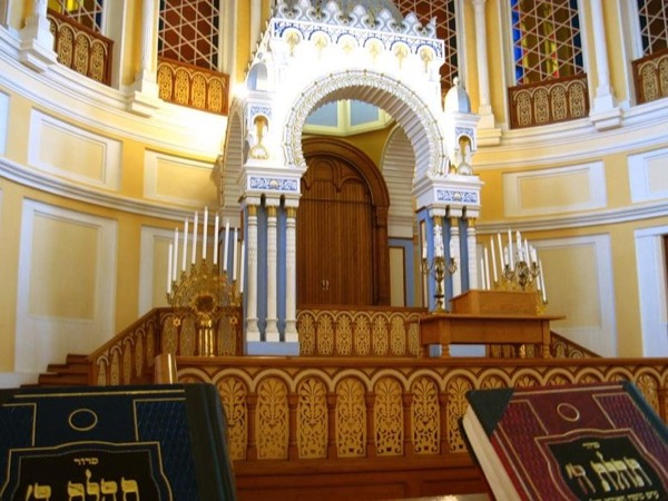 St.Petersburg city sightseeing combined with Jewish Heritage and Present-Day Life Tour