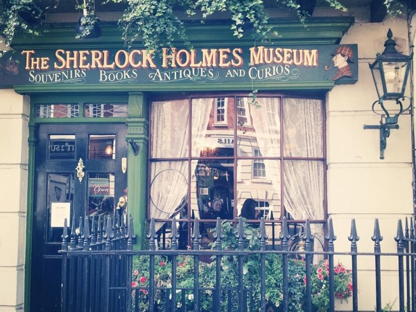 Sherlock Holmes's Neighbourhood - Private Walking Tour