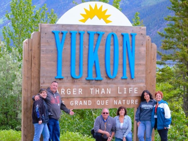 5 Hour up to 14 people Yukon Border Private Excursion
