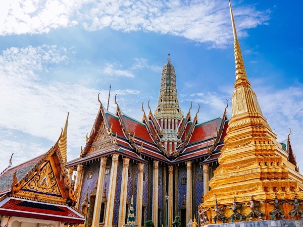 Full Day Essential Bangkok Tour by Private Vehicle (Klong Toey Port)