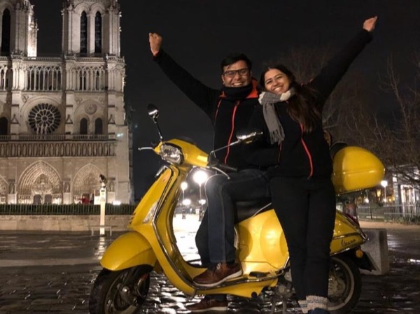 Paris by Night Self-driven Vespa Tour