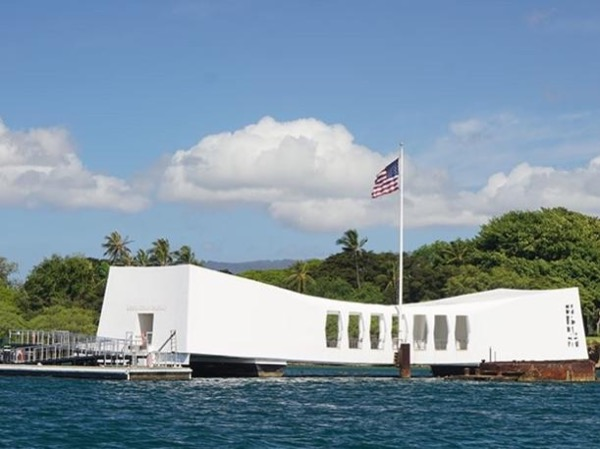 Pearl Harbor Visitors Center - USS Arizona - 10 people