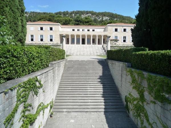 Split Walking Tour and visit to Meštrović Gallery