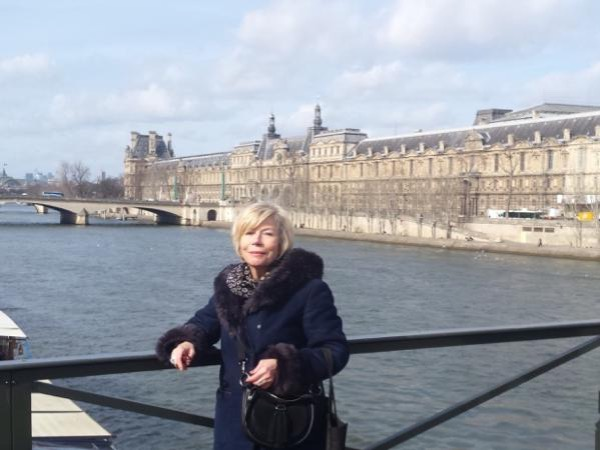 Notre Dame Island and Versailles Day Tour