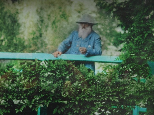 Giverny Claude Monet House and Gardens Private Half Day Tour