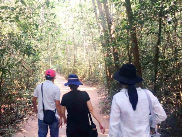 Cu Chi Tunnels and Ho Chi Minh City Tour (1 Day)