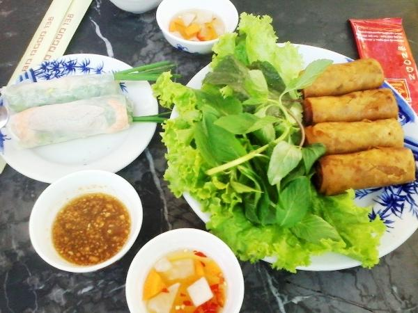 Ho Chi Minh City Private Street Food Tour (4 Hours)