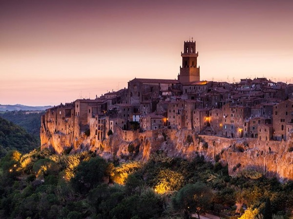 Discover Pitigliano: the Little Jerusalem & taste local Wines! From SIENA