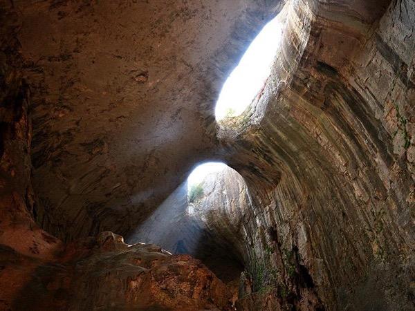 Prohodna cave, Glozhene monastery and Saeva dupka cave