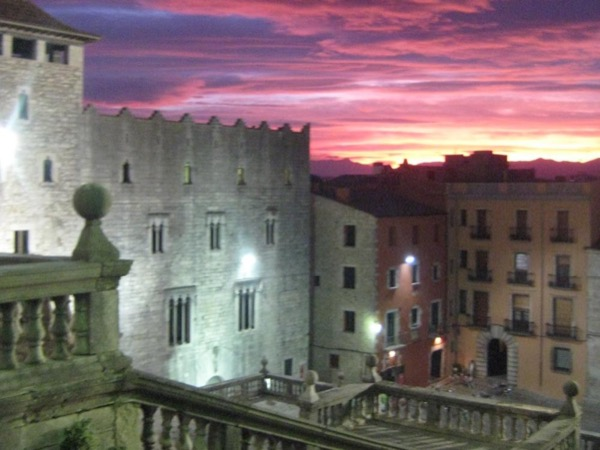All Girona Medieval & Jewish Private Tour by Van