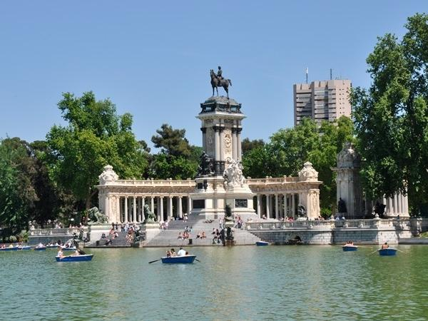 Multiday Madrid, Retiro, Prado Museum and Gastronomy