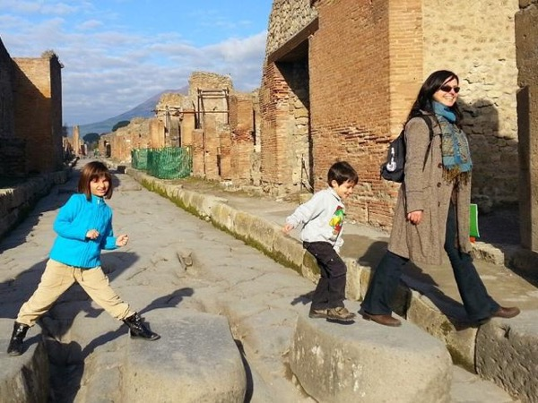 Pompeii for Kids - private tour for families visiting Pompeii
