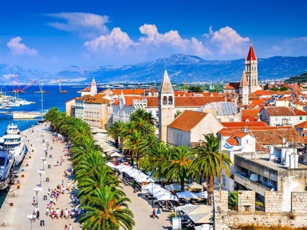 From Šibenik: Split & Trogir - 2 UNESCO towns - private driver-guided tour