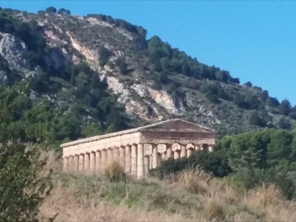 Segesta: a temple, a theater and an agora