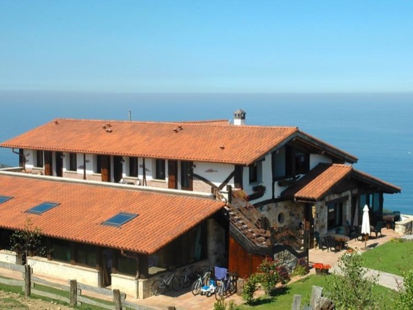 Private Tour along the Basque Coast and Countryside