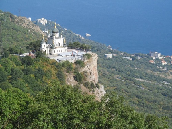 From Yalta to Foros Church