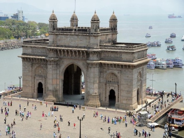 Full Day Mumbai group tour 8 hrs (upto 10 Person)