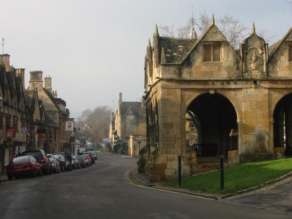 Chipping Campden and Adlestrop day walk in the Cotswolds