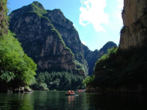 Long qing xia gorge tour