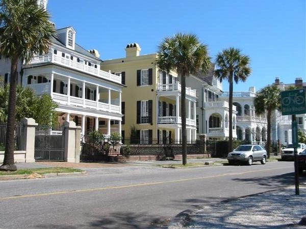 Historic Charleston with Charleston Tea Plantation and Angel Oak