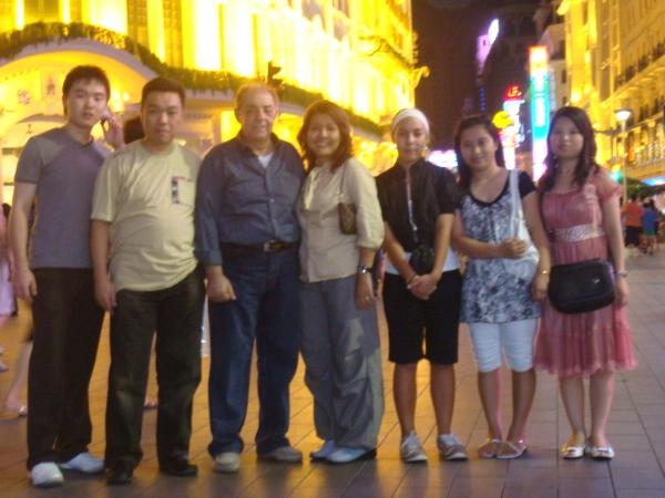 Shanghai Private Tour guide and Interpreter Service