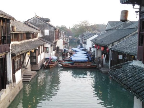 Private Day Trip to Suzhou city and Zhouzhuang by Car