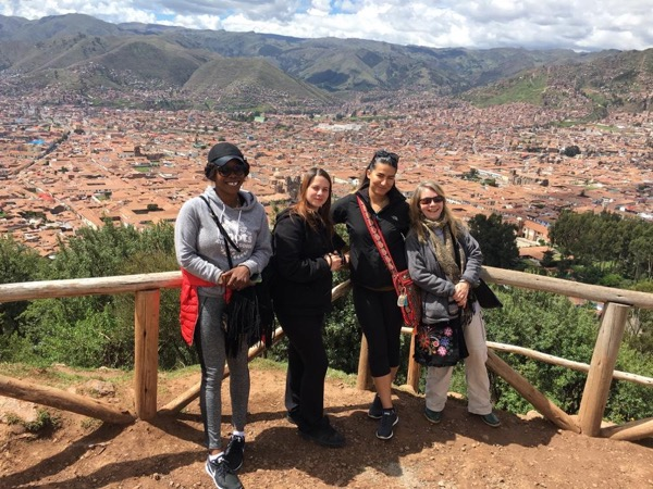 Cusco city tour & surrounding ruins