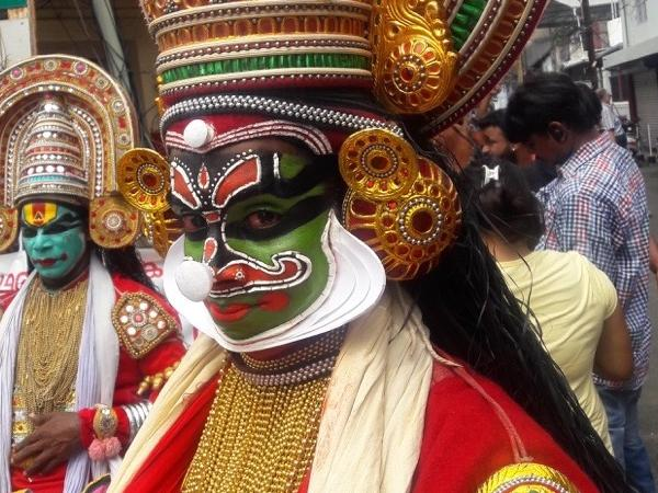 Tour of Cochin and Kathakali Dance.