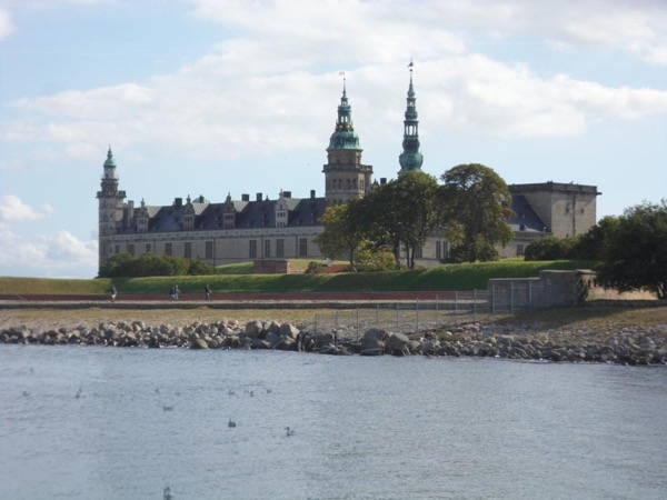 6 hour Private tour to Hamlet's Castle & Helsingør Tour