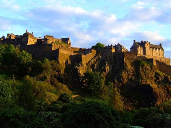 Customised Private Day Tours of Edinburgh & Rosslyn Chapel from Cruise Ships or your Accommodation