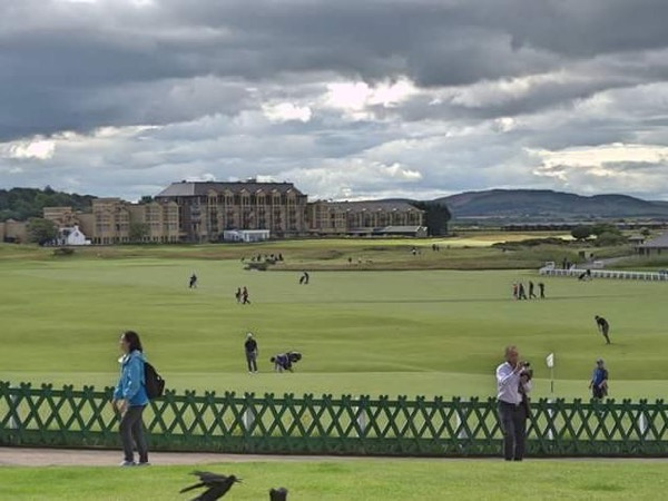 St Andrews, The Fife Coast & Dunfermline Day Tour