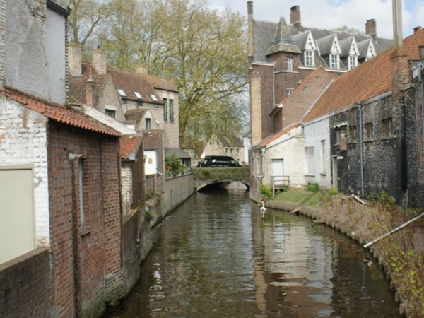 Visit Antwerp and Bruges on one day in a private tour
