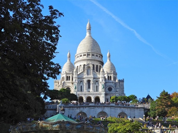 Private tour of Montmartre, a village in the city of light !