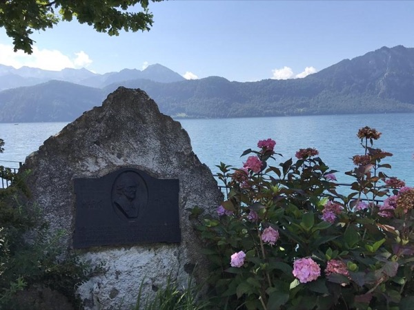 Private Guided Hike - In The Footsteps Of Mark Twain (Mt. Rigi)