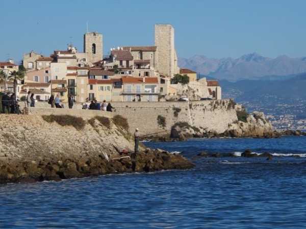 Day Tour in Antibes, Cannes and Mougins