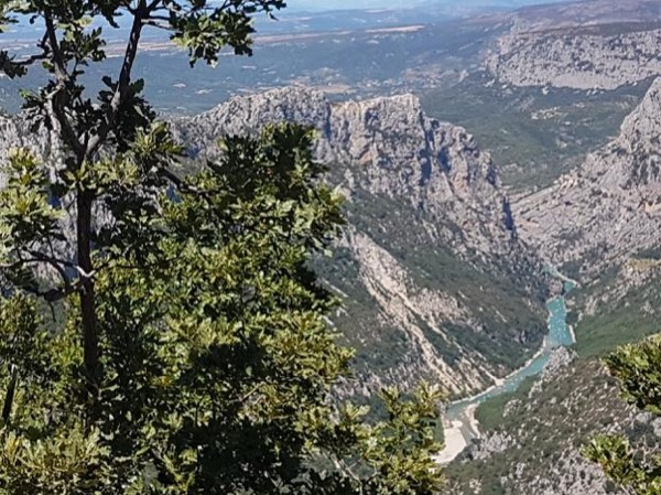 Verdon Canyon, typical villages and stunning views