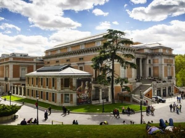 Private tour to Historical Madrid with the Prado museum (skip the lines)