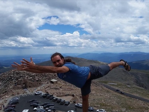 Denver All-levels Vinyasa Yoga Class in Nature Private Tour