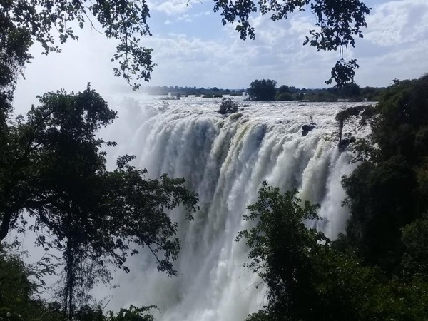 Tour of Victoria Falls and Livingstone City